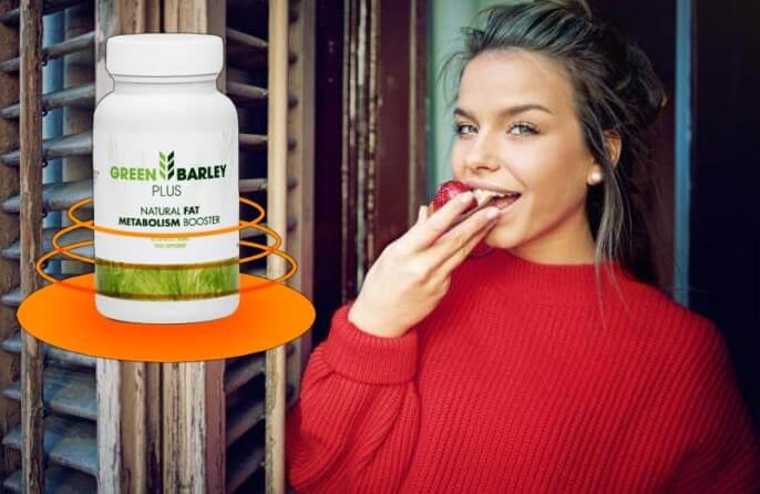 Green Barley Plus, donna che mangia