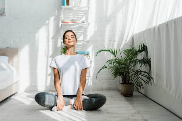 donna, meditare, felice, disintossicazione