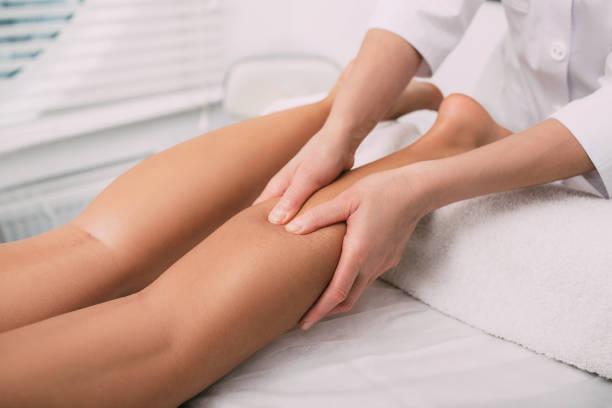 massaggio, gambe
