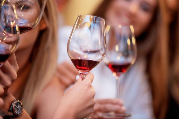 el vino tinto, el alcohol